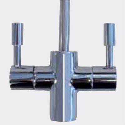 Immagine del dettaglio di leve di un miscelatore d'acqua